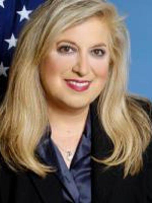 Yolanda Garcia Olivarez, Reginal Administrator, Region 6