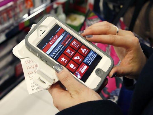 Holiday Shopping-Mobile Christmas (2)
