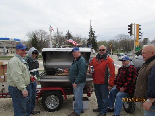 Rosendale Lions Heroes' Hunt Brat Fry--042515.jpg