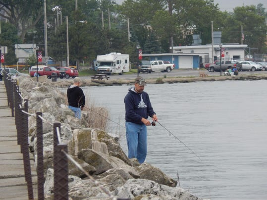Fishing report catfish are biting in sandusky bay for Fishing forecast ohio