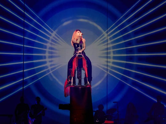 Shania Twain's Rock This Country Tour will be at Newark's