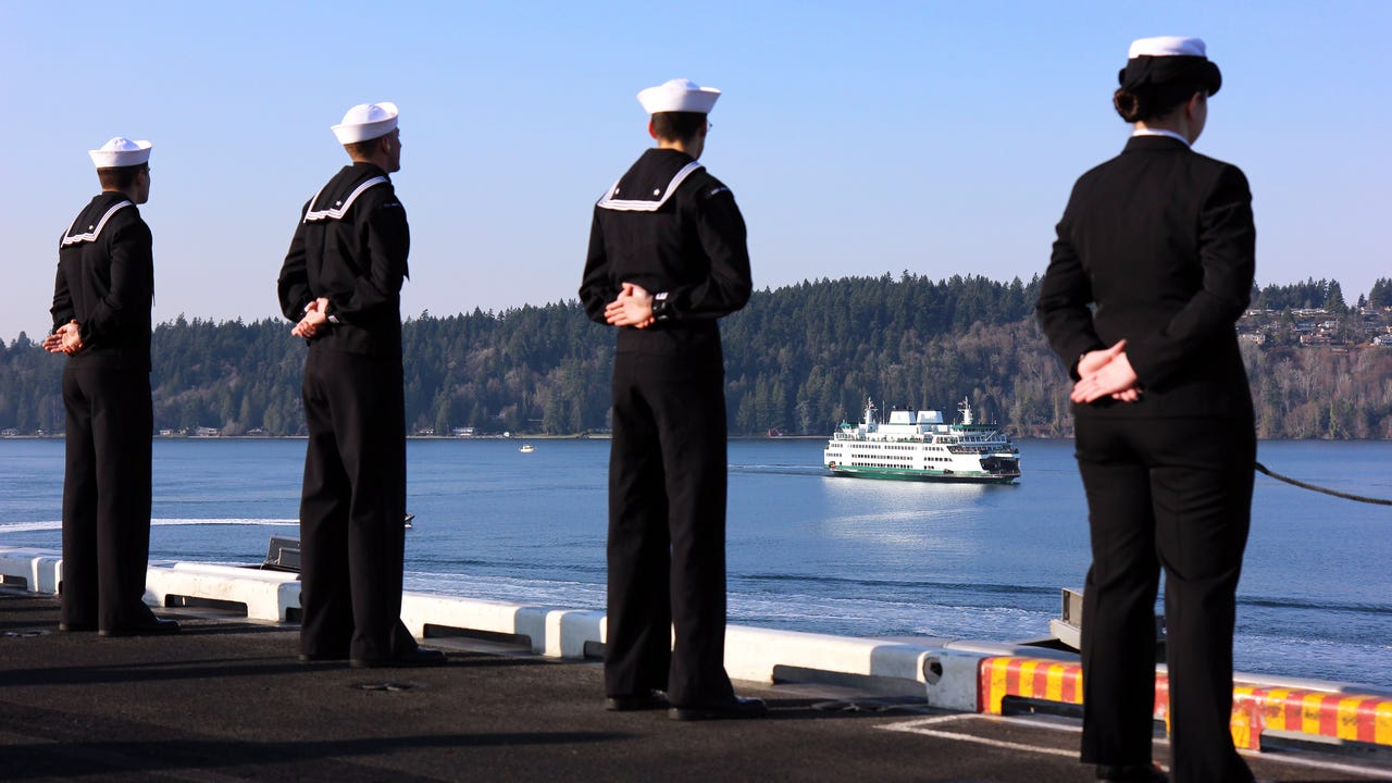 The USS Nimitz returned to Bremerton on Sunday, Dec. 10, 2017 after a six-month-long deployment. Get a glimpse into Nimitz's path through the Strait of Juan de Fuca, Puget Sound, Rich Passage and Sinclair Inlet as the carrier docks at the shipyard.