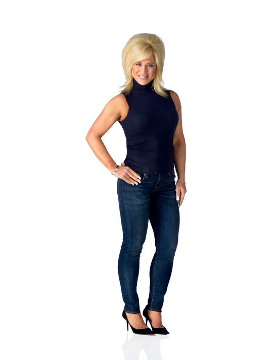 theresa-caputo-full-body.jpg