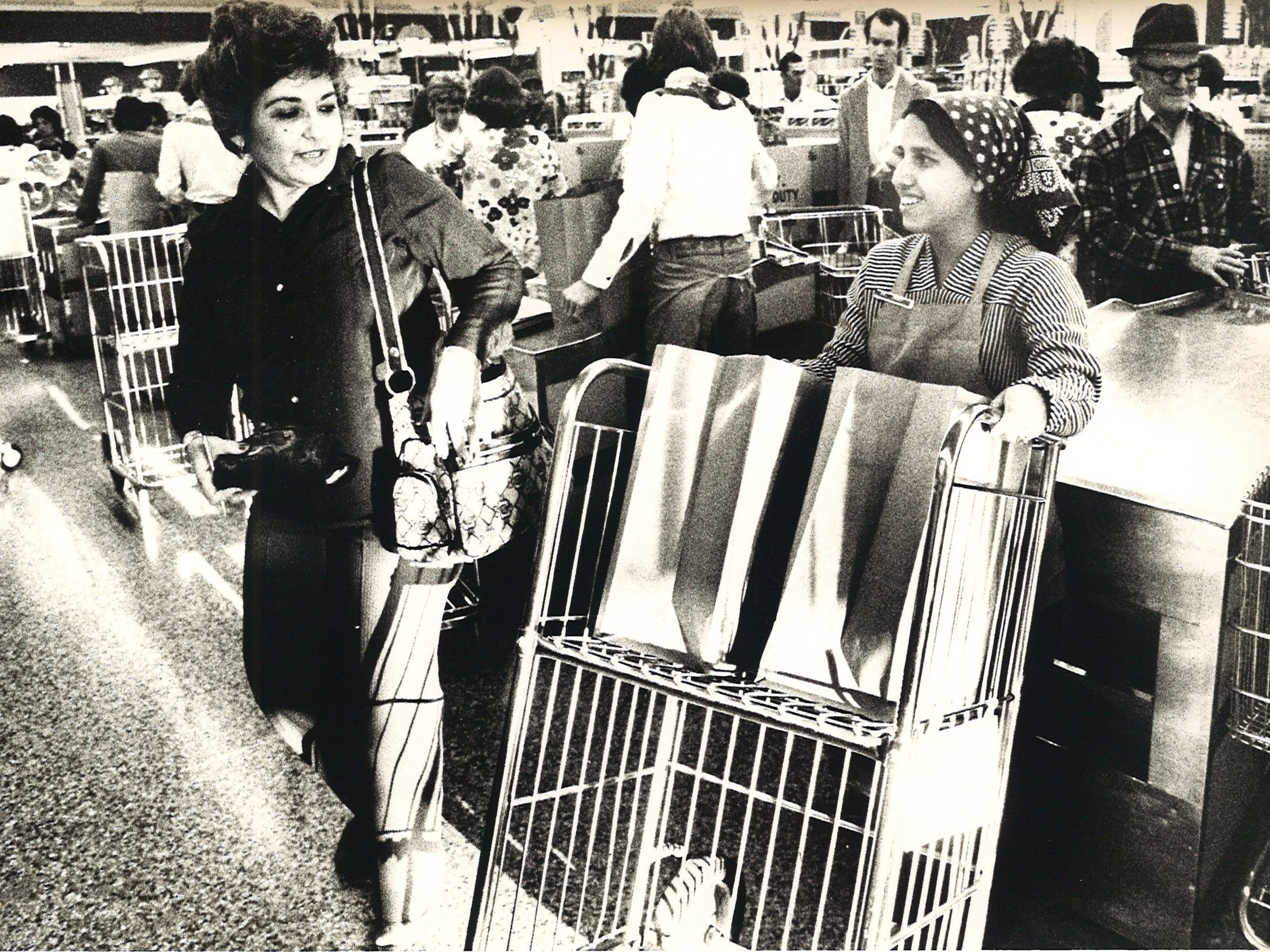 19-year-old Norma Lozano was one of only two female grocery baggers at Corpus Christi's Handy Andy in Hamlin Shopping Center at Staples and Weber Road in November 1975.