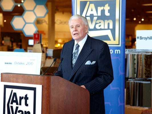 2018 : Art Van Elslander Dies, Michigan Philanthropist and Founder of Art Van Furniture