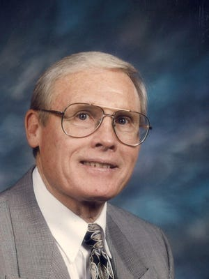 Bud Morgan, longtime West Texas coach and teacher, was recently inducted into the Athletic Hall of Honor at Snyder High School, where he graduated in 1958.