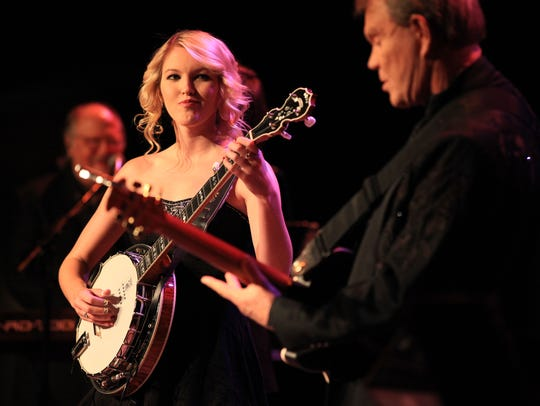 Glen Campbell and daugher Ashley Campbell duet in the