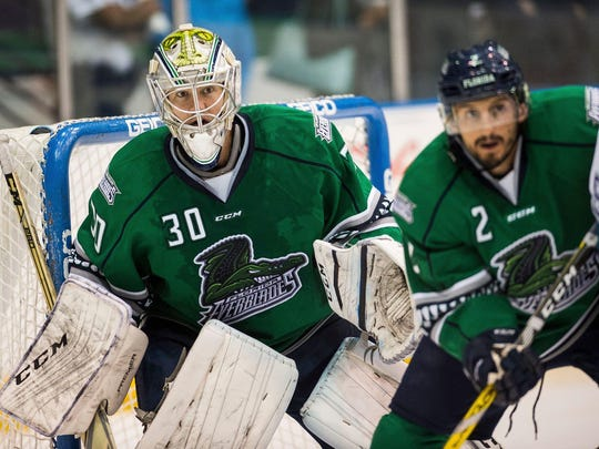 Florida Everblades goalie Anthony Peters