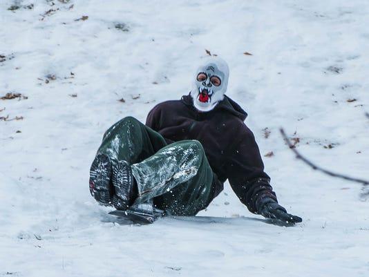 SnowySunday_02.jpg