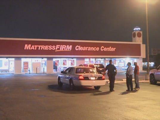 Man caught burglarizing mattress store in SW Houston