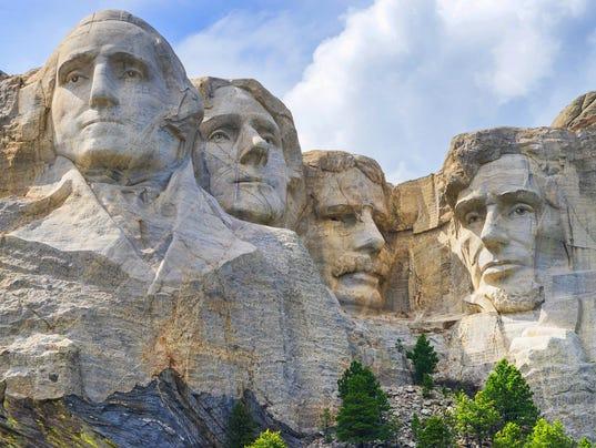 636447152706588665-41-Mount-Rushmore-Jeffery-Alan-Brown-shutterstock-679271878.jpg