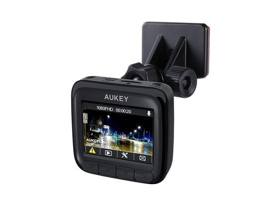 review aukey dr 01 dash cam technobubble wrap. Black Bedroom Furniture Sets. Home Design Ideas