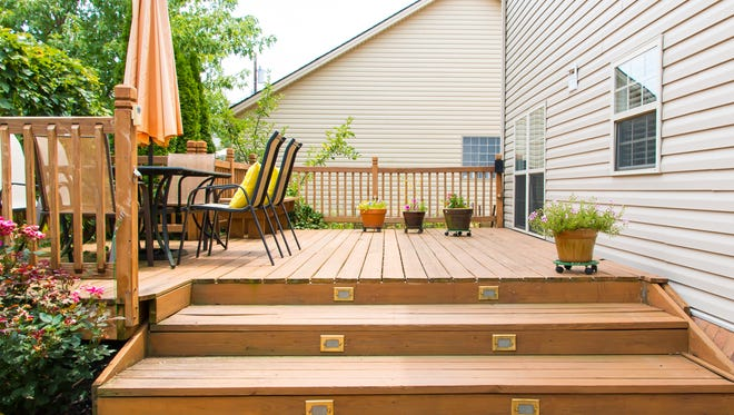 There can be many safety issues with a deck and Mitch Kuffa points out areas to check.