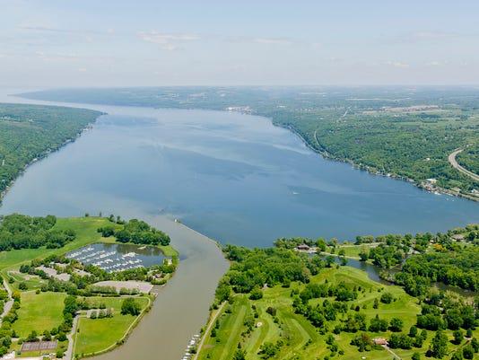 Cayuga Lake Aerlal.jpg