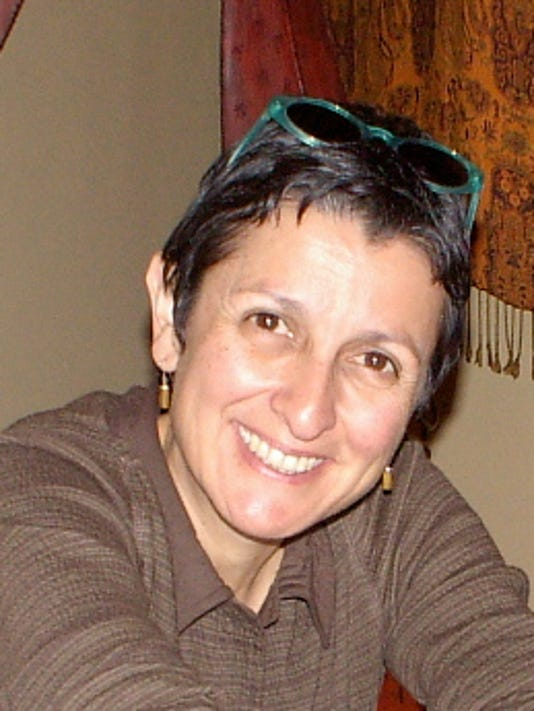 Maria Nieto.jpg