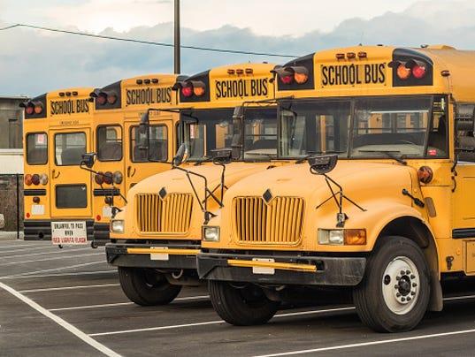 636051329444623815-schoo-buses.jpg
