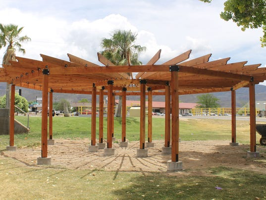 Alamogordo Public Library pergola