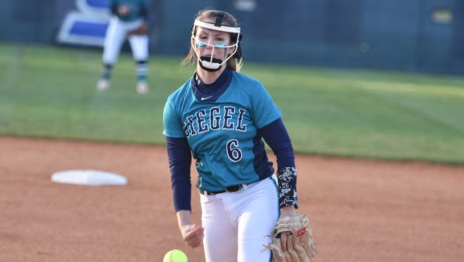 Siegel's Sophie Golliver tosses a pitch during Monday's 1-0 win over visiting Oakland.