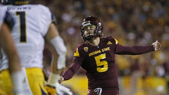 ASU's Zane Gonzalez (5) kicks a field goal against California during the second half at Sun Devil Stadium on September 24, 2016 in Tempe, Ariz.