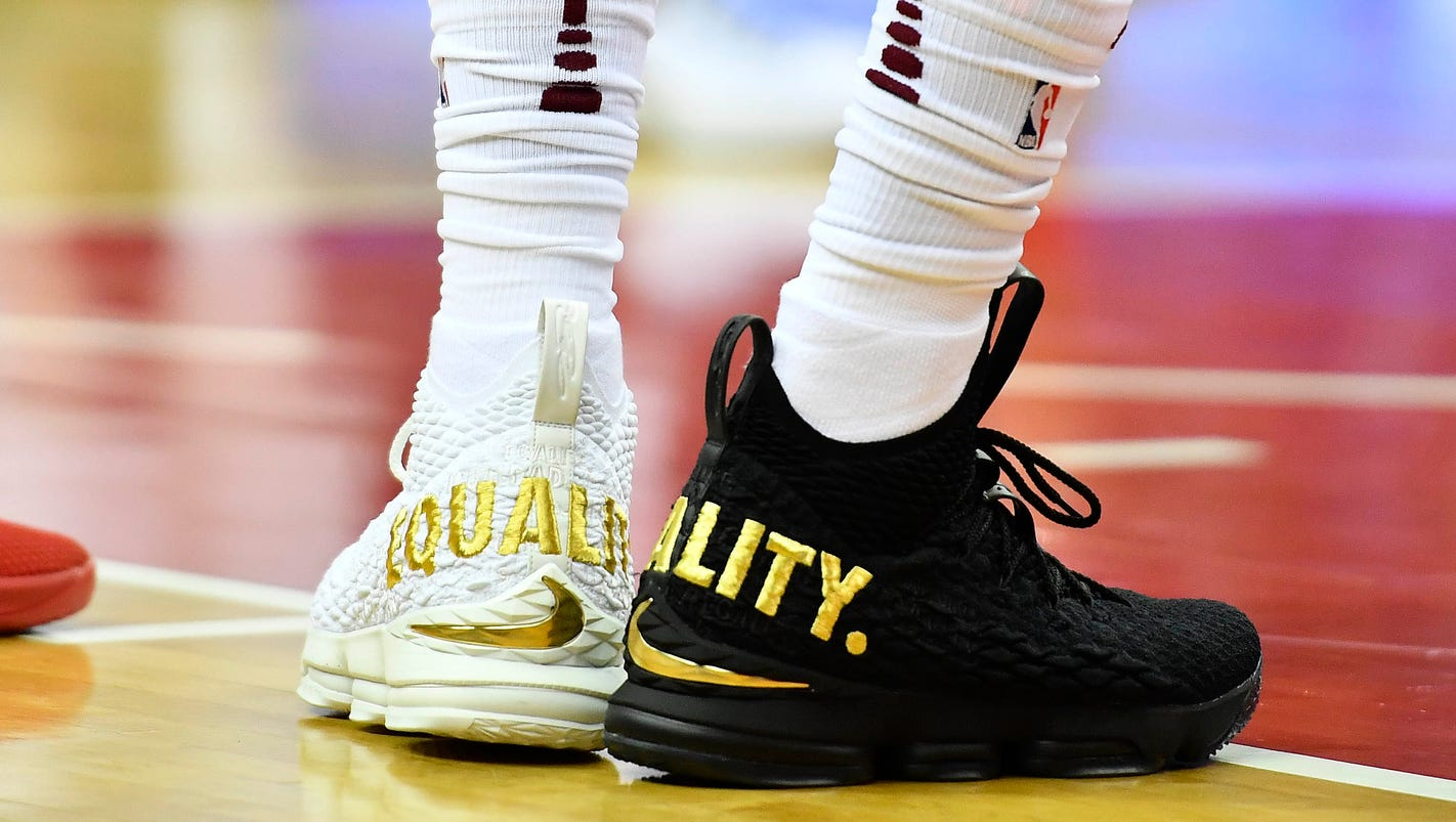 What Shoes Are Lebron Wearing Today