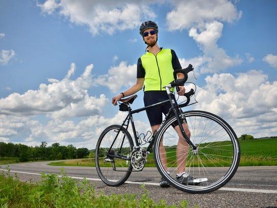 STC 0801 Cyclist 3.JPG