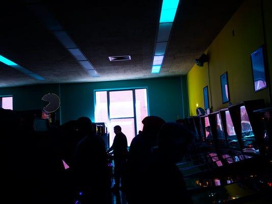 HES-filephoto-120815-Timeline Arcade