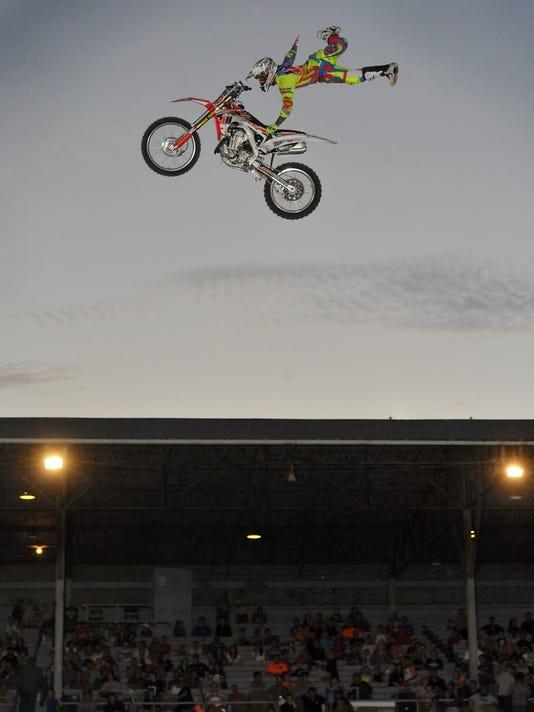 092914pr COS fair BMX event-1.jpg