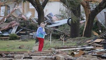 Tornadoes roar across the Plains