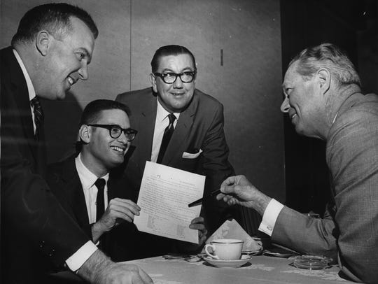 Bud Selig (second from left) is all smiles as the Chicago