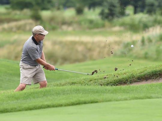 laf_golf_feat_1