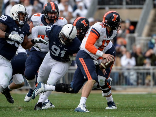 Penn State Nittany Lions defensive tackle Austin Johnson
