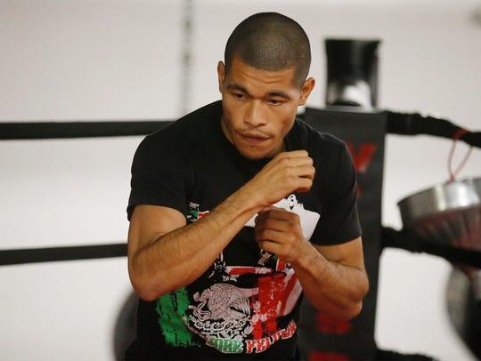 Jose Felix (#3 World Ranked Lightweight, 35-1-1, Mexico)