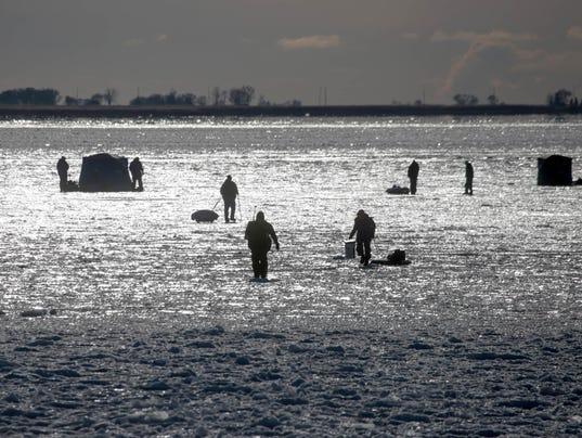 636500749295253997-122817-ice-fishing-rg-12.JPG