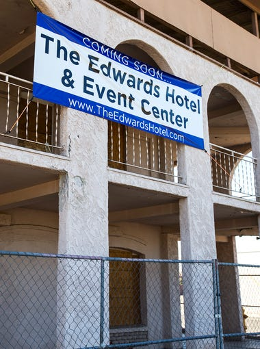 Peoria's vacant Edward's Hotel, built in 1918, is pictured on Feb. 8, 2018. Dan Halbert purchased the three-story building with plans to turn it into a haunted hotel.