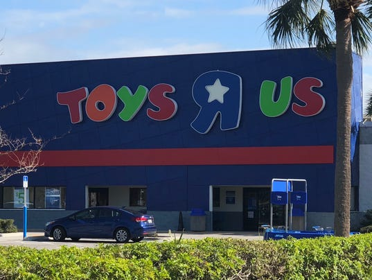 Be a smart shopper during toys r us liquidation sales toys r us negle Images