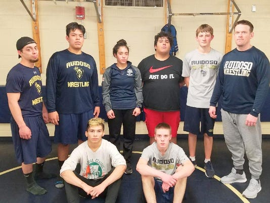 Ruidoso qualifiers for wrestling meet