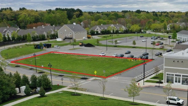 The redlined parcel is the proposed parcel at Town Center on which the town is considering building a new Council on Aging/Community Center.