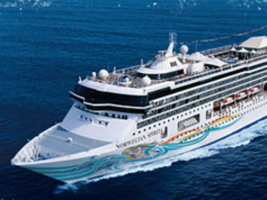 Cruise Ship Enters Port Canaveral After Girl 10 Drowns