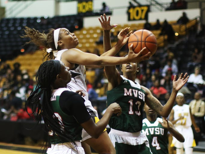 Grambling guard Monisha Neal shoots to score as Mississippi