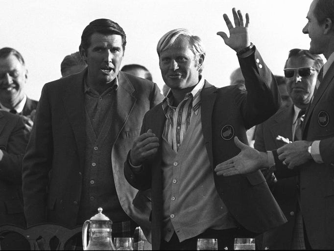 ack Nicklaus waves after putting on the Masters Champion green jacket in Augusta, Ga. in this April 10, 1972 photo. On Nicklaus's left is the 1971 Masters champion Charles Coody. Others are unidentified. No one has won the Masters and the U.S. Open in the same year since Jack Nicklaus in 1972 and the feat has only been accomplished five times since the Masters was first played in 1934. (AP Photo/File)
