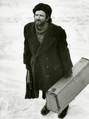 Circus musician Vladimir Ivanoff (Robin Williams) had