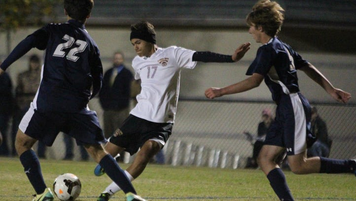 Florida High soccer peaking behind new nucleus, identity