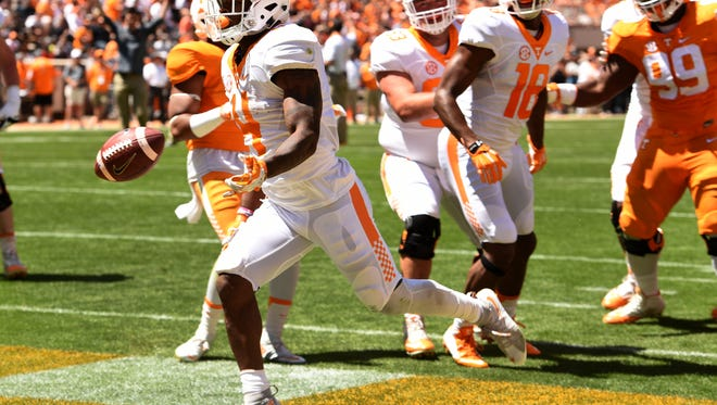 Tennessee running back John Kelly scores a touchdown during the 2016 Orange and White Game.