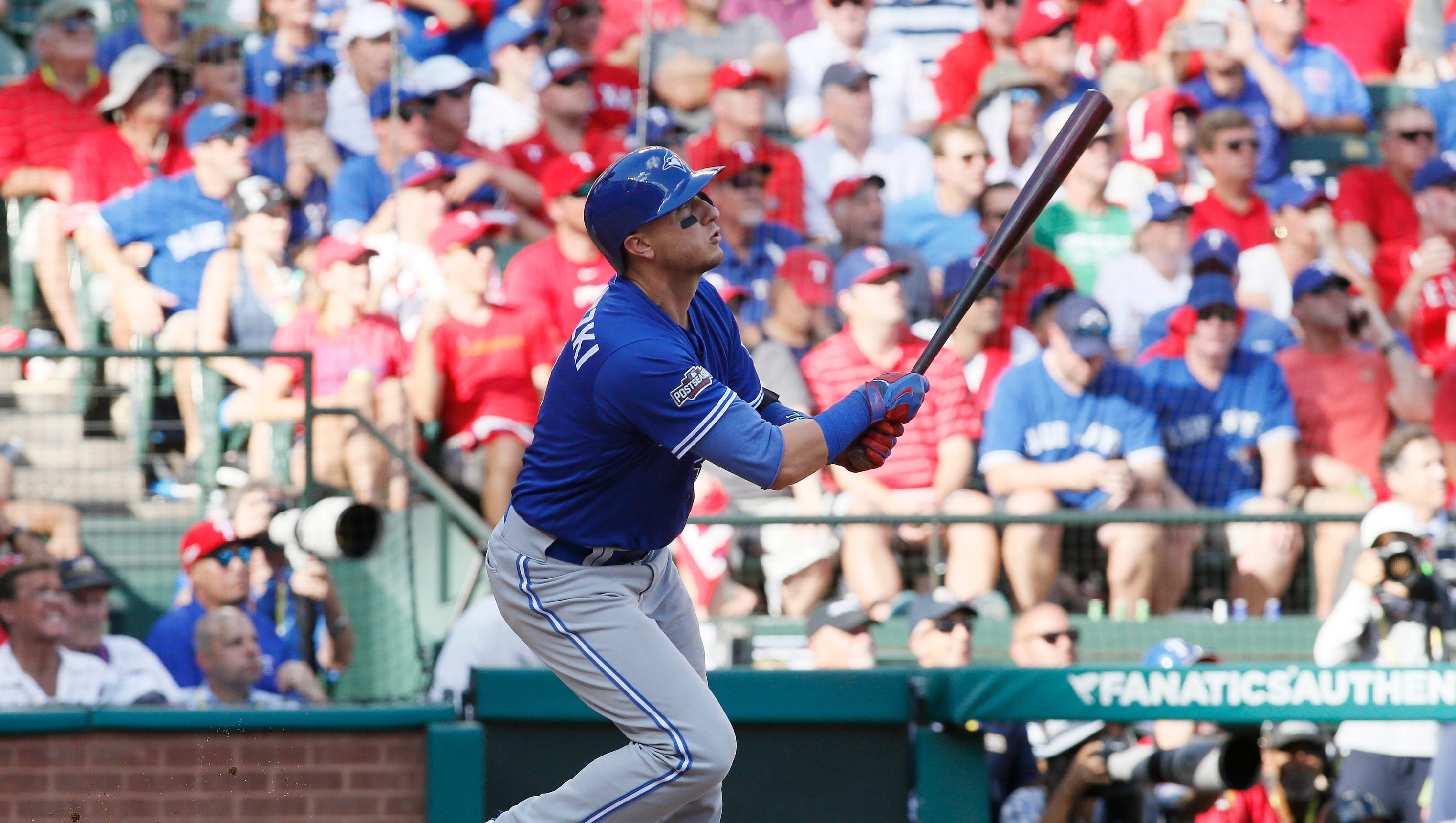 Blue Jays rout Cole Hamels, Rangers in Game 1 of ALDS