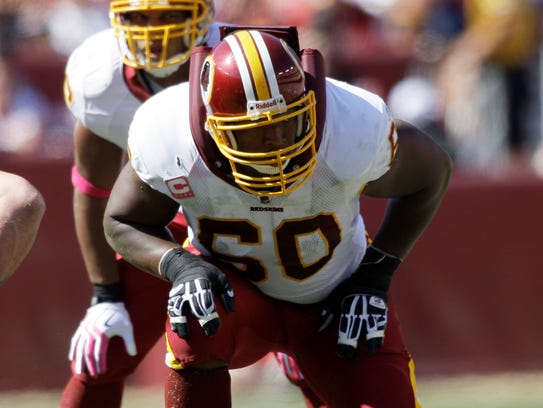 Washington Redskins offensive tackle Chris Samuels (60) is shown in 2009.