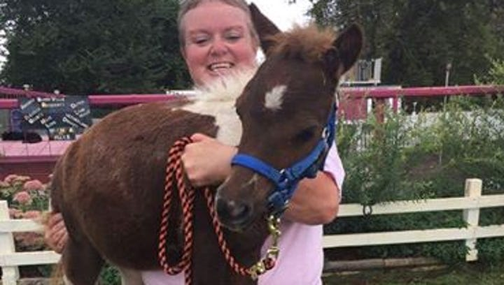 S.D. woman rescues mini horses from La. flooding