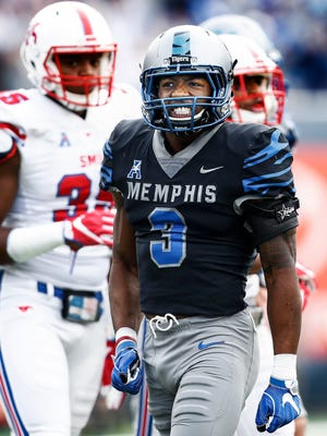 Memphis receiver Anthony Miller (middle) celebrates a first-down catch against SMU.