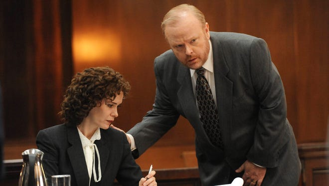 Sarah Paulson and Christian Clemenson play prosecutors Marcia Clark and Bill Hodgman in FX's 'The People v. O.J. Simpson: American Crime Story.'
