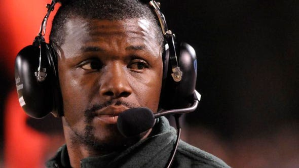 Former area high school football coach Al Pogue joins the Troy staff to coach cornerbacks.