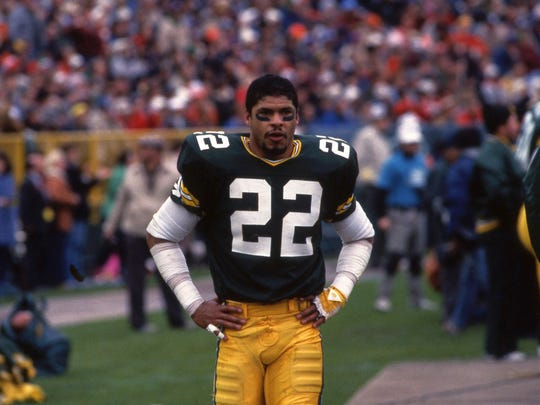 Green Bay Packers cornerback Mark Lee (22) stands on the sideline during a game against the Chicago Bears at Lambeau Field on Nov. 3, 1985. Lee will be inducted into the Green Bay Packers Hall of Fame in July.